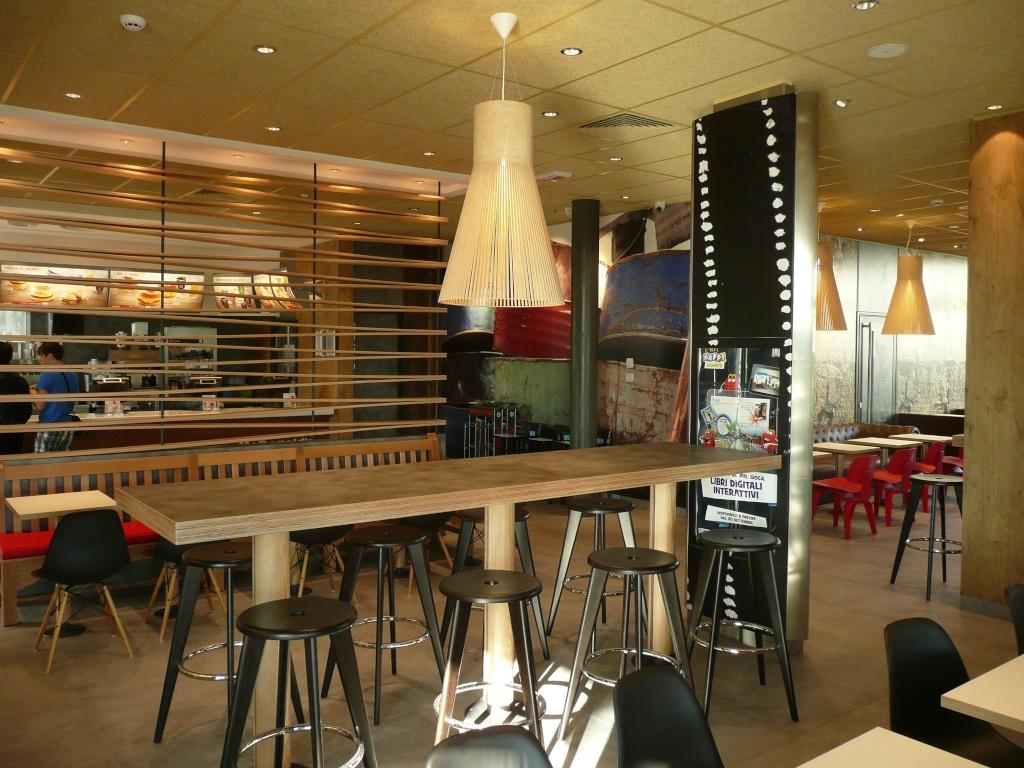 Mccafe rimini arredamento bar e ristoranti for Arredamenti rimini e provincia