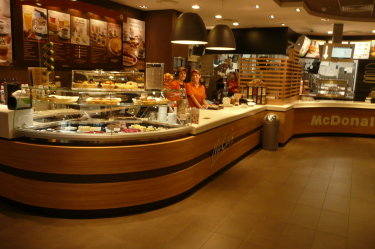 McCafè-Counter Modena Est